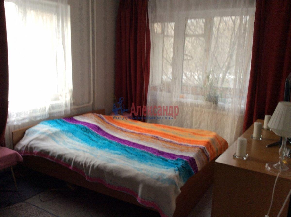 1-комнатная квартира (33м2) в аренду по адресу Северный пр., 73— фото 2 из 8