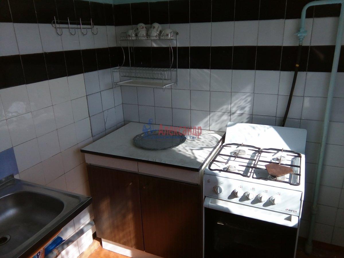 2-комнатная квартира (45м2) в аренду по адресу Петергофское шос., 5— фото 6 из 9
