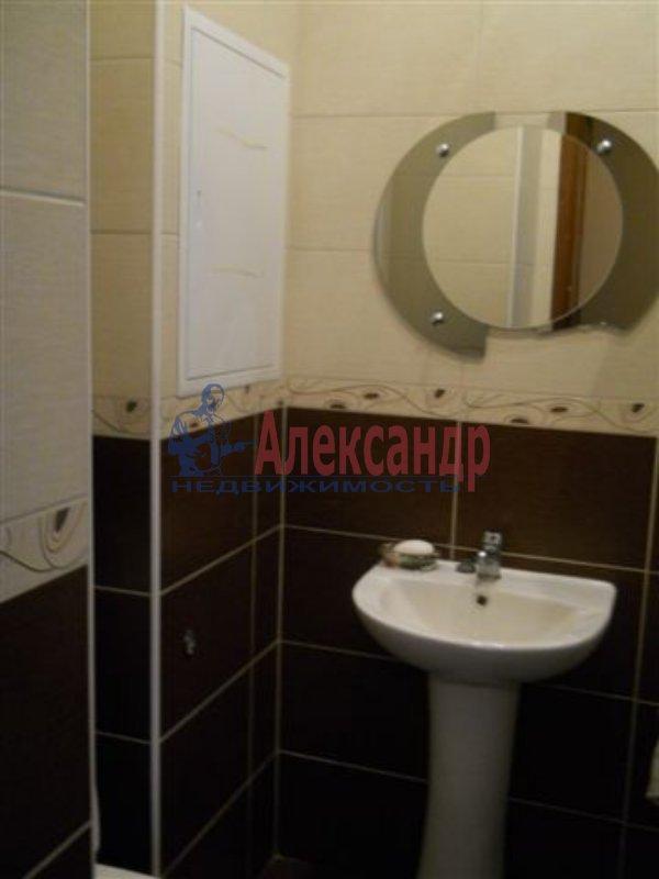 1-комнатная квартира (31м2) в аренду по адресу Белы Куна ул., 4— фото 2 из 4