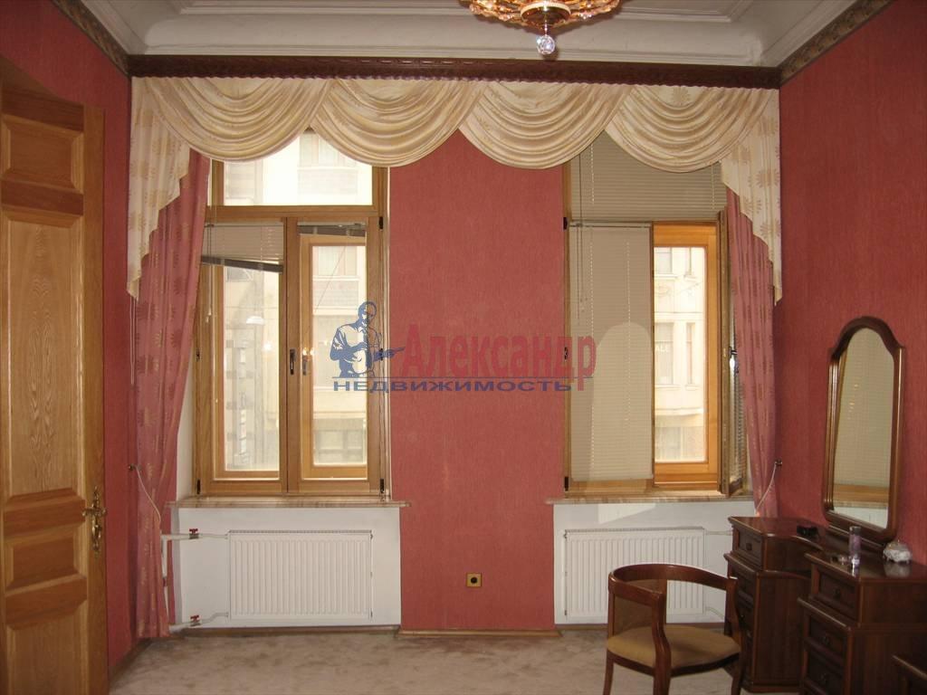 6-комнатная квартира (220м2) в аренду по адресу Московский пр., 4— фото 2 из 6
