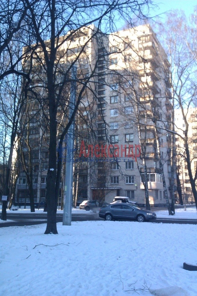 1-комнатная квартира (40м2) в аренду по адресу 2 Муринский пр., 45— фото 2 из 8