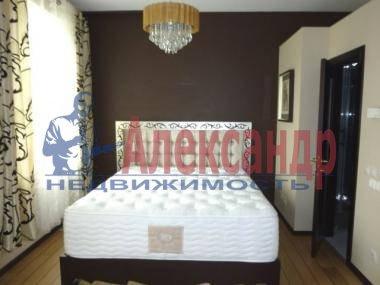 2-комнатная квартира (54м2) в аренду по адресу Новочеркасский пр., 37— фото 2 из 4