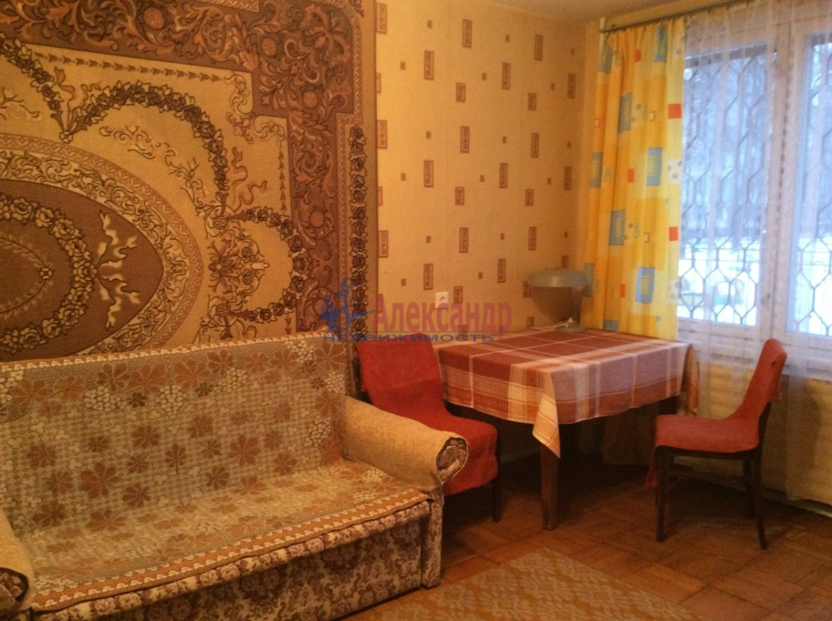 1-комнатная квартира (34м2) в аренду по адресу Светлановский просп., 109— фото 1 из 8