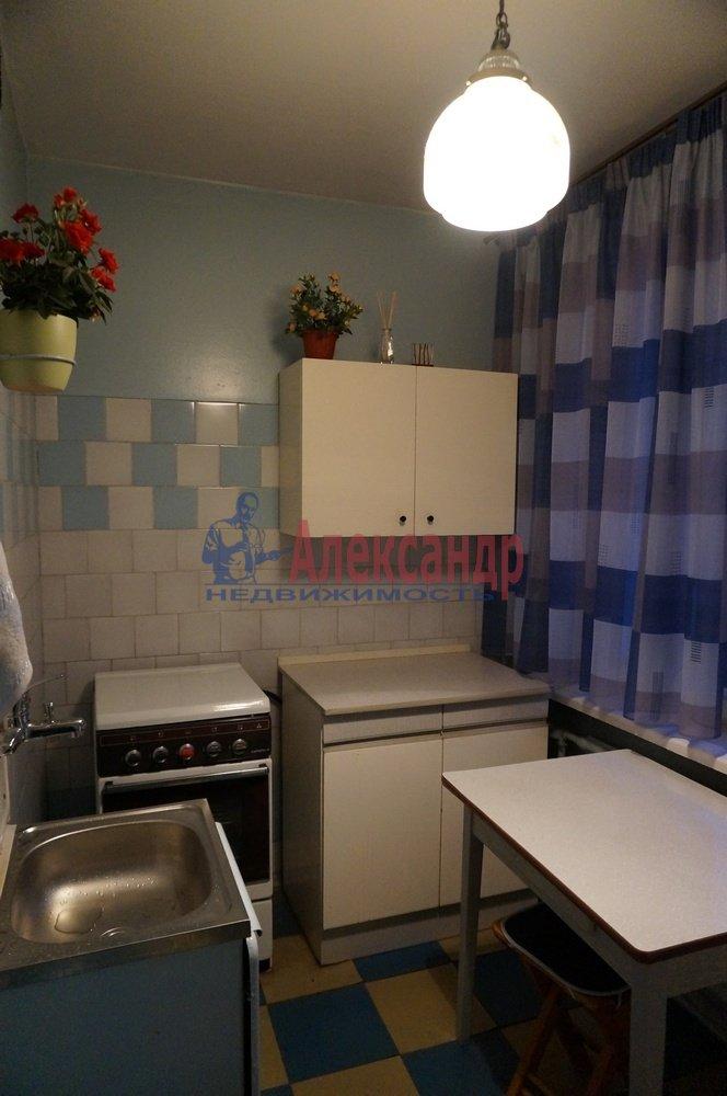 1-комнатная квартира (33м2) в аренду по адресу Подвойского ул., 28— фото 2 из 7