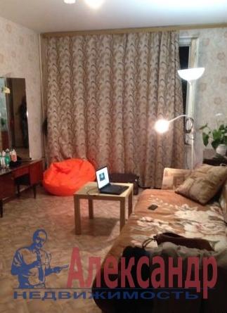 2-комнатная квартира (51м2) в аренду по адресу Бухарестская ул., 21— фото 1 из 3
