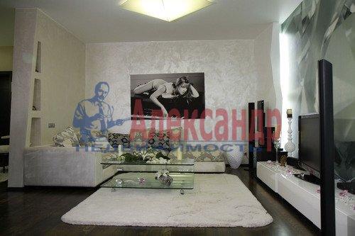 2-комнатная квартира (86м2) в аренду по адресу Ярославский пр., 95— фото 2 из 8