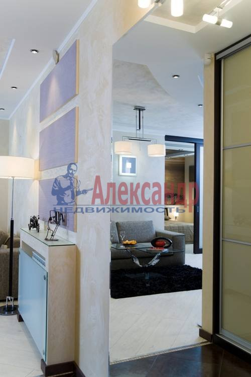 2-комнатная квартира (78м2) в аренду по адресу Приморский пр., 137— фото 2 из 10