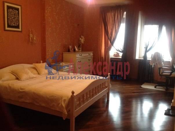 3-комнатная квартира (97м2) в аренду по адресу Луначарского пр., 21— фото 9 из 12