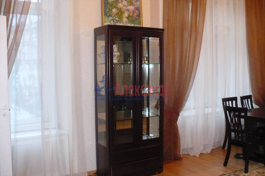 2-комнатная квартира (100м2) в аренду по адресу Каменноостровский пр., 1— фото 7 из 9