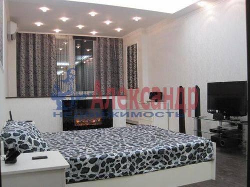 2-комнатная квартира (60м2) в аренду по адресу Шелгунова ул., 9— фото 5 из 7
