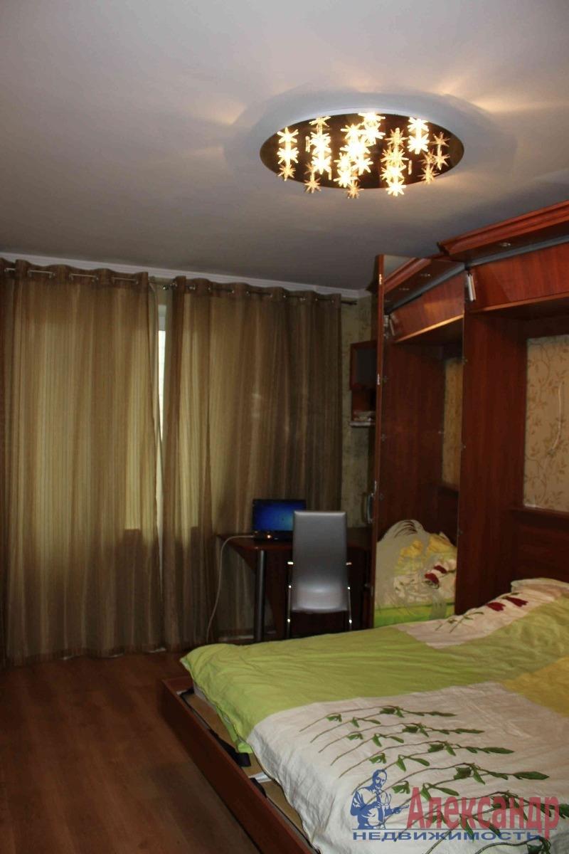 2-комнатная квартира (50м2) в аренду по адресу Маршала Захарова ул., 17— фото 1 из 4