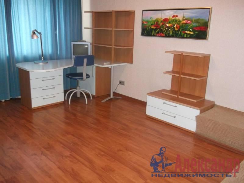 3-комнатная квартира (100м2) в аренду по адресу Космонавтов просп., 61— фото 6 из 10