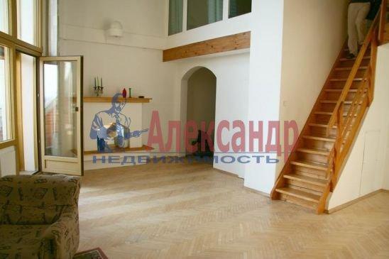 4-комнатная квартира (120м2) в аренду по адресу Капитанская ул., 5— фото 1 из 5