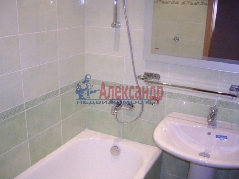 2-комнатная квартира (45м2) в аренду по адресу Кубинская ул., 30— фото 2 из 3
