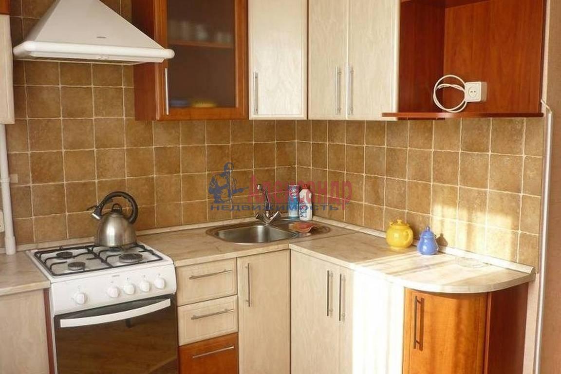 2-комнатная квартира (45м2) в аренду по адресу Московское шос., 2— фото 3 из 4