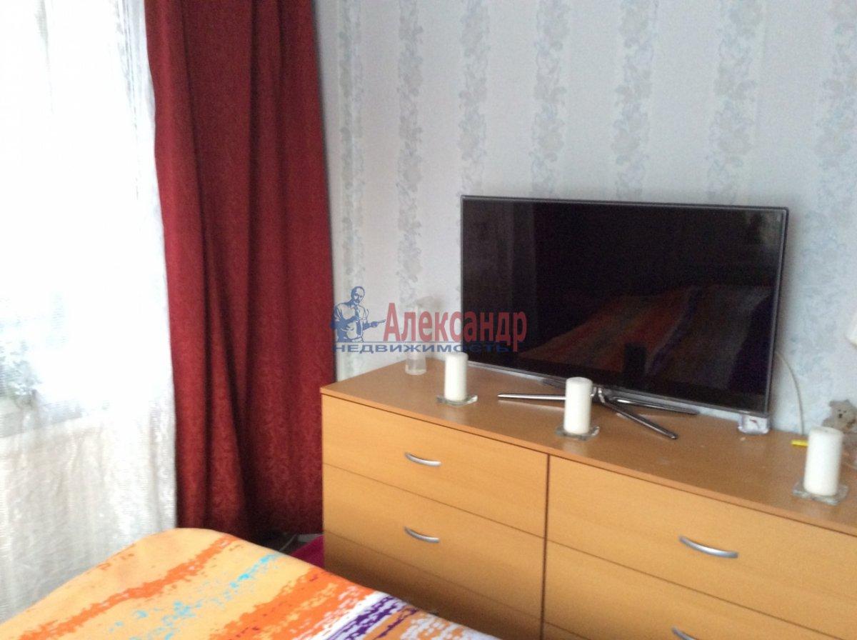 1-комнатная квартира (33м2) в аренду по адресу Северный пр., 73— фото 1 из 8