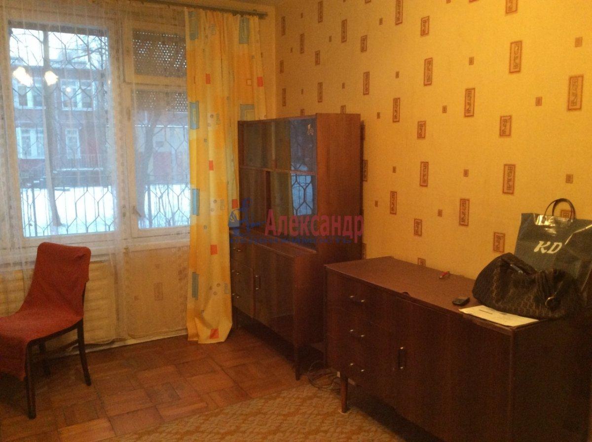 1-комнатная квартира (34м2) в аренду по адресу Светлановский просп., 109— фото 2 из 8