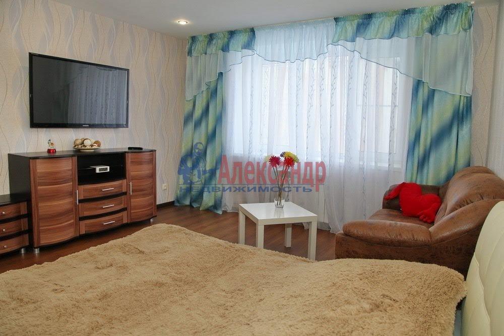 1-комнатная квартира (40м2) в аренду по адресу Кораблестроителей ул., 44— фото 8 из 14