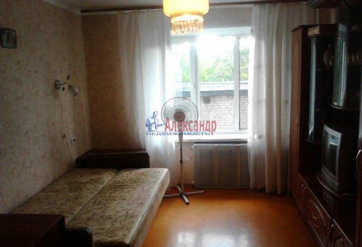 Комната в 2-комнатной квартире (52м2) в аренду по адресу Ленинский пр., 127— фото 1 из 3