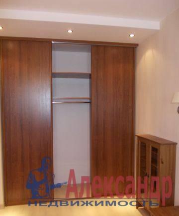 2-комнатная квартира (65м2) в аренду по адресу Варшавская ул., 9— фото 2 из 5
