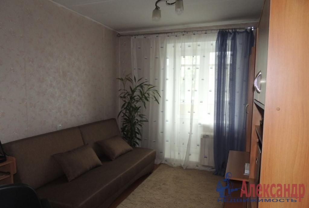 1-комнатная квартира (40м2) в аренду по адресу Вавиловых ул., 7— фото 1 из 3