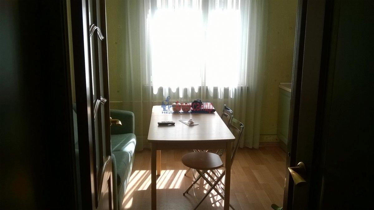 1-комнатная квартира (38м2) в аренду по адресу Боткинская ул., 15— фото 1 из 5
