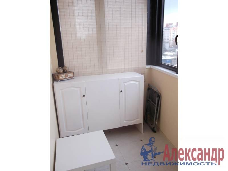 3-комнатная квартира (100м2) в аренду по адресу Космонавтов просп., 61— фото 2 из 10