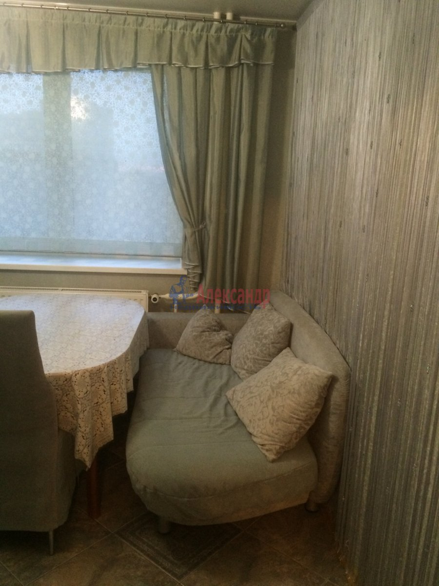 1-комнатная квартира (40м2) в аренду по адресу Космонавтов просп., 61— фото 6 из 11