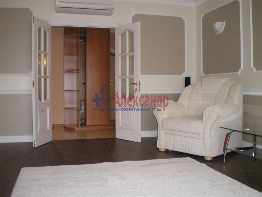 2-комнатная квартира (80м2) в аренду по адресу Большой Сампсониевский пр., 82— фото 3 из 7