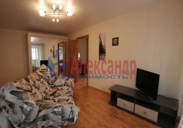 Комната в 2-комнатной квартире (62м2) в аренду по адресу Кузнецовская ул., 23— фото 1 из 2