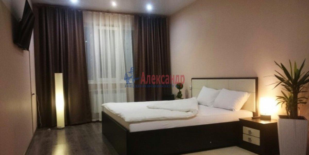 2-комнатная квартира (50м2) в аренду по адресу Богатырский пр., 50— фото 3 из 9