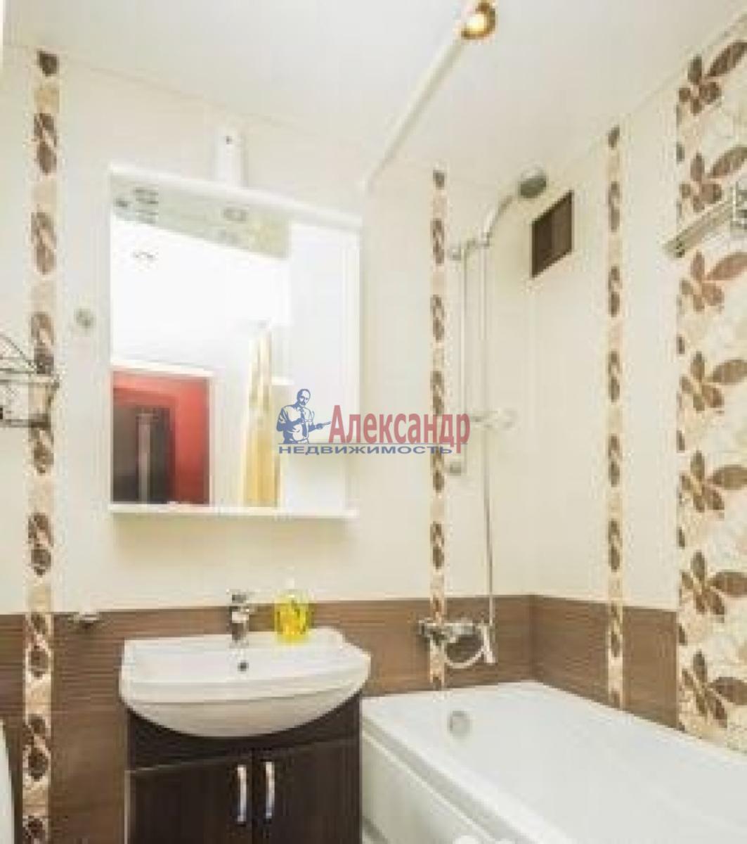 1-комнатная квартира (40м2) в аренду по адресу Лени Голикова ул., 29— фото 6 из 6