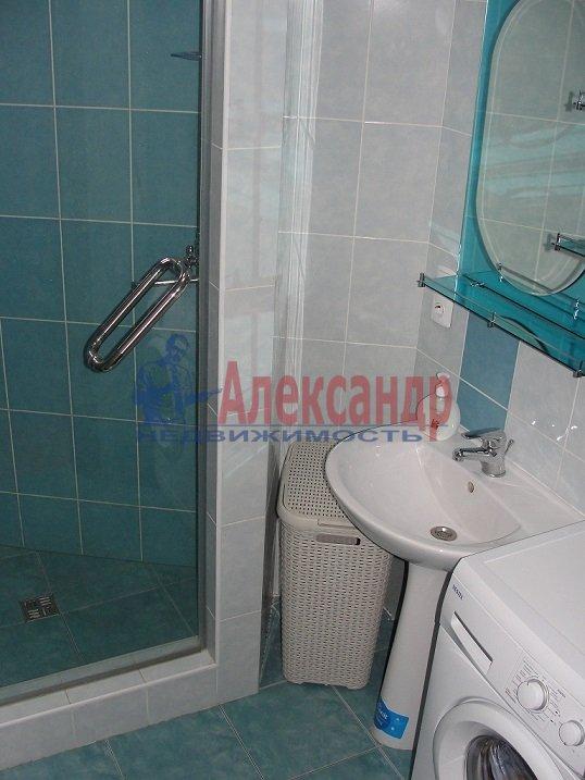 2-комнатная квартира (58м2) в аренду по адресу Бухарестская ул., 118— фото 5 из 5
