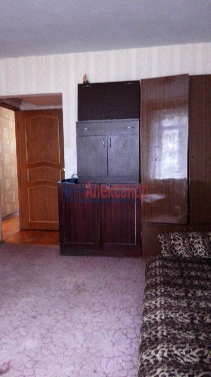 2-комнатная квартира (44м2) в аренду по адресу Славы пр., 40— фото 3 из 6
