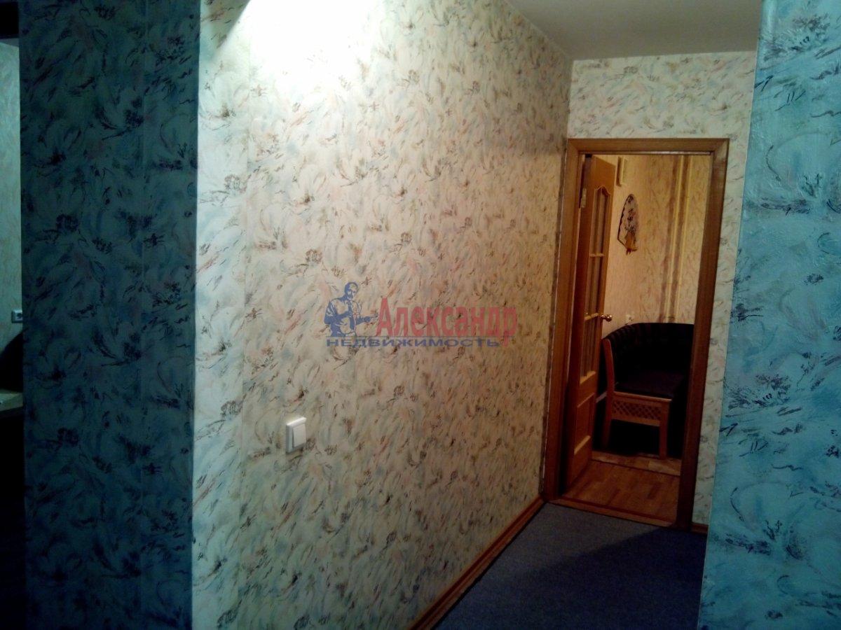 Комната в 3-комнатной квартире (33м2) в аренду по адресу Правды ул., 17— фото 1 из 4