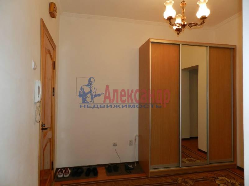 3-комнатная квартира (90м2) в аренду по адресу Большой пр., 71— фото 4 из 5