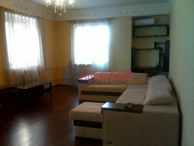 1-комнатная квартира (42м2) в аренду по адресу Просвещения пр., 99— фото 2 из 2