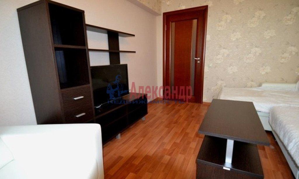 2-комнатная квартира (55м2) в аренду по адресу Московский просп., 182— фото 1 из 5