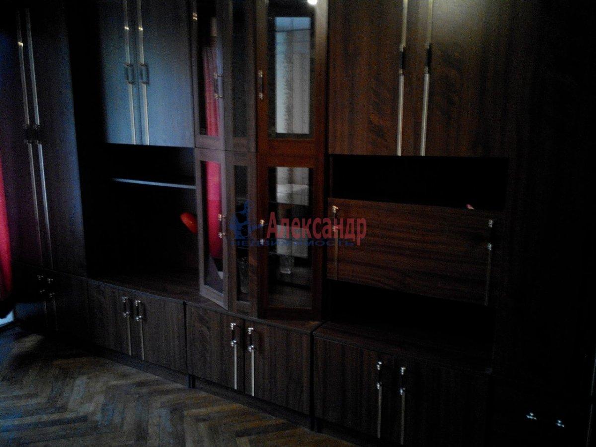 1-комнатная квартира (43м2) в аренду по адресу Кропоткина ул., 24— фото 2 из 7