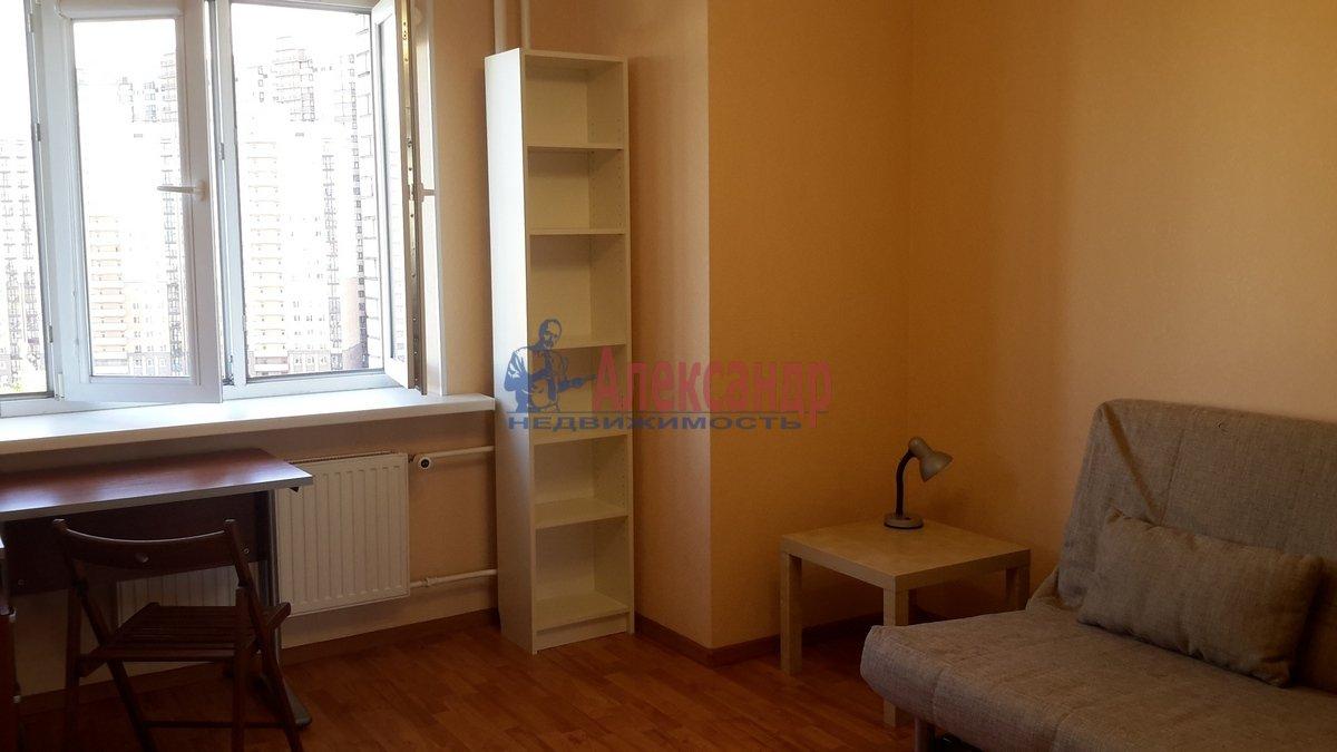 1-комнатная квартира (38м2) в аренду по адресу Брянцева ул., 7— фото 10 из 17