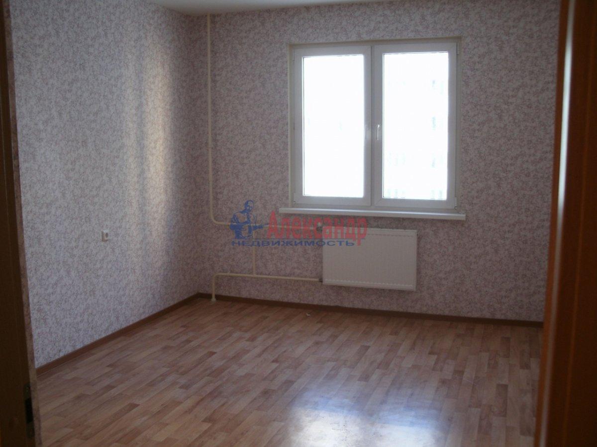 3-комнатная квартира (72м2) в аренду по адресу Федора Абрамова ул., 8— фото 3 из 4