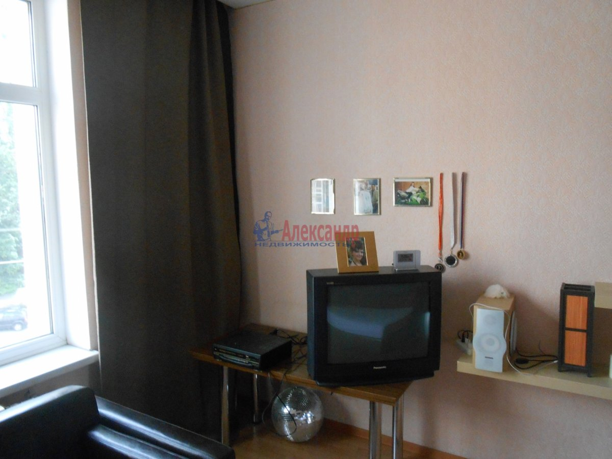 3-комнатная квартира (55м2) в аренду по адресу Боткинская ул., 15— фото 7 из 18