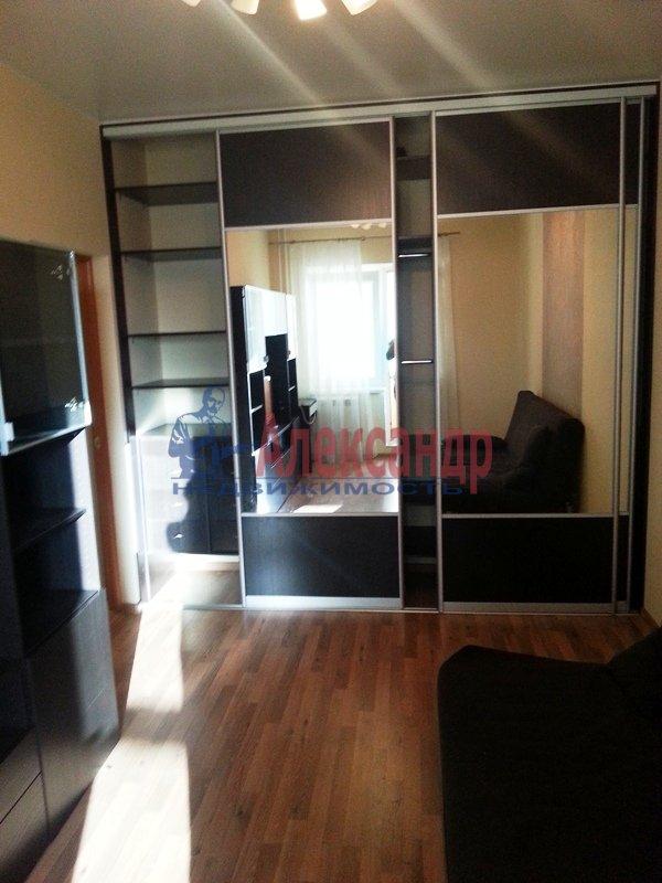 1-комнатная квартира (38м2) в аренду по адресу Хошимина ул., 9— фото 7 из 9