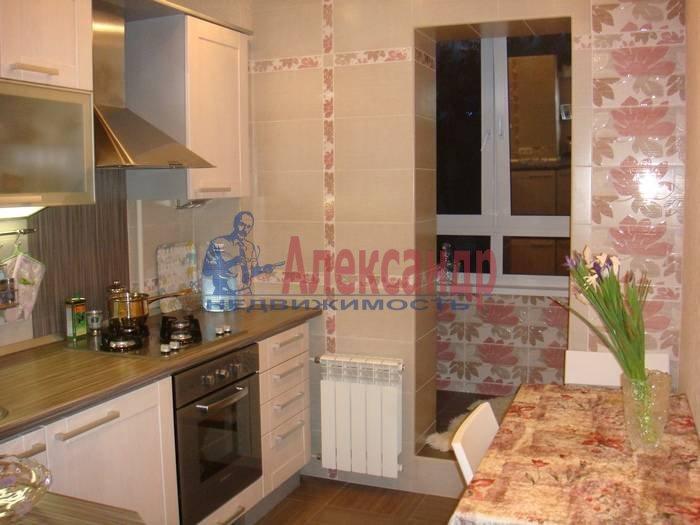 1-комнатная квартира (32м2) в аренду по адресу Наличная ул., 40/7— фото 2 из 5