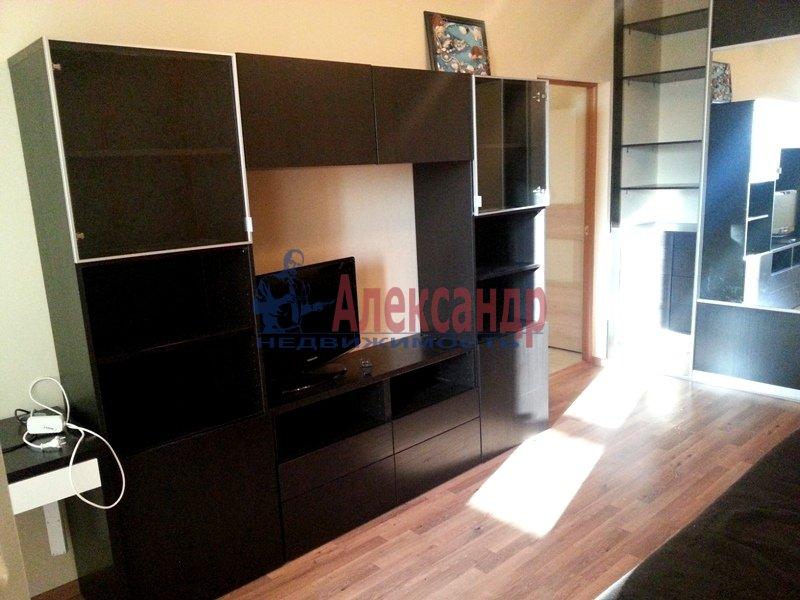 1-комнатная квартира (38м2) в аренду по адресу Хошимина ул., 9— фото 8 из 9