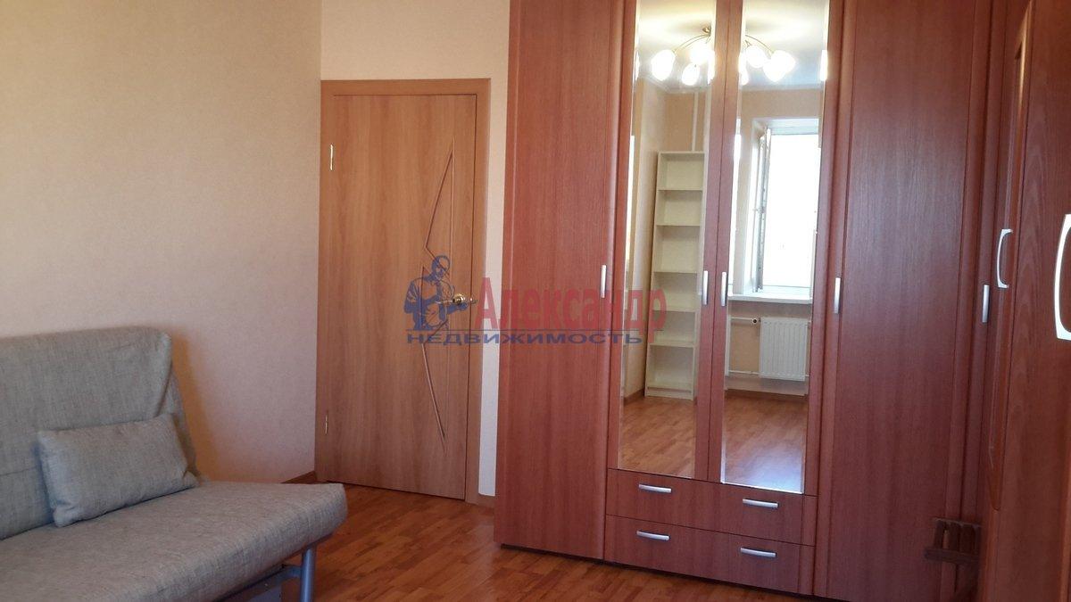 1-комнатная квартира (38м2) в аренду по адресу Брянцева ул., 7— фото 1 из 17