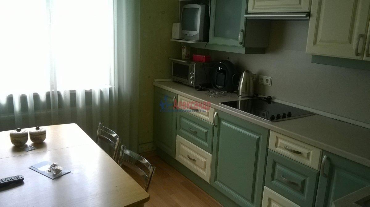 1-комнатная квартира (38м2) в аренду по адресу Боткинская ул., 15— фото 2 из 5