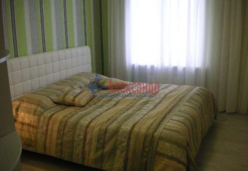 2-комнатная квартира (65м2) в аренду по адресу Индустриальный пр., 40— фото 2 из 3