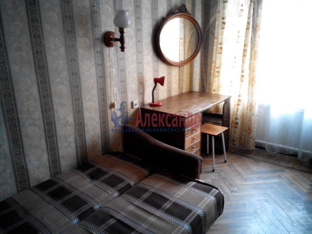 1-комнатная квартира (43м2) в аренду по адресу Кропоткина ул., 24— фото 3 из 7