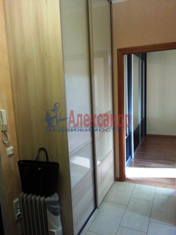 1-комнатная квартира (38м2) в аренду по адресу Хошимина ул., 9— фото 9 из 9